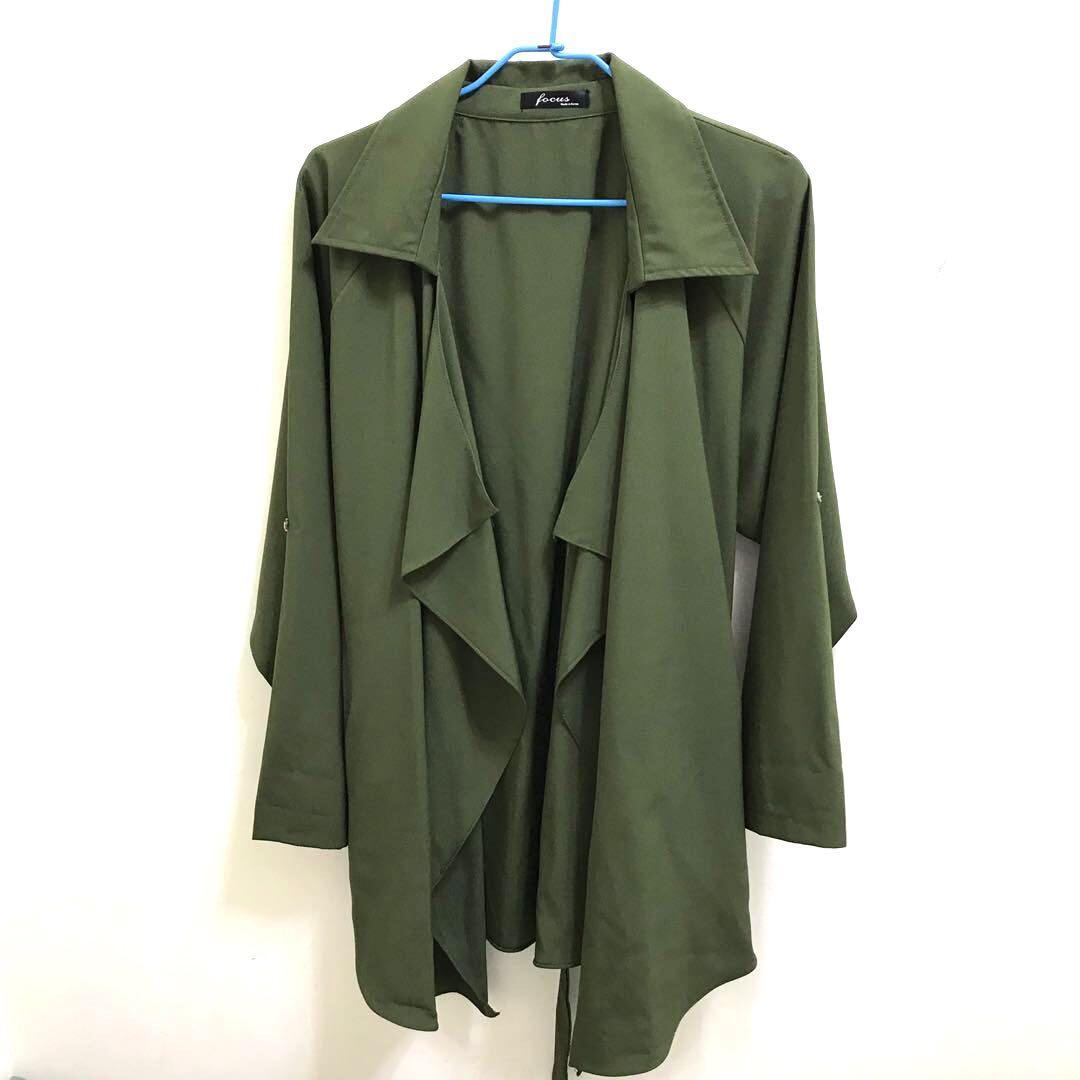 全新 韓製垂墜式 風衣 外套 附綁帶 軍綠