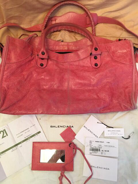 Balenciaga City Authentic with serial number ya full set with nota