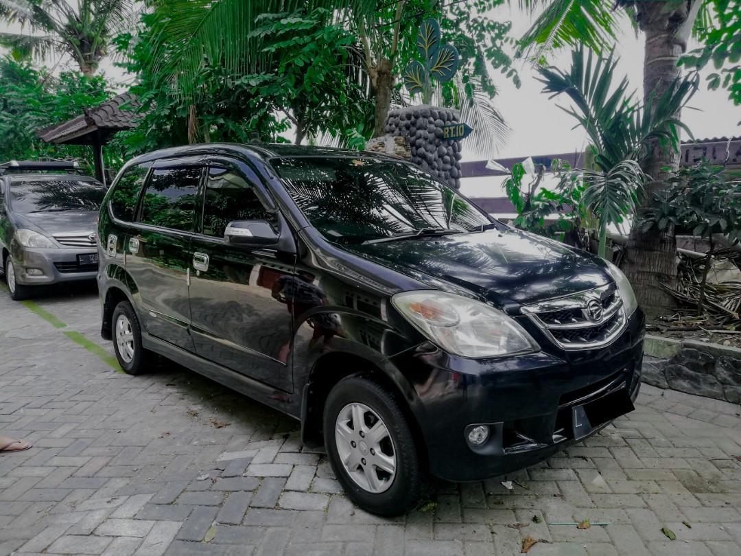 Daihatsu Xenia Li Plus 2010 Hitam Metalic Interior bagus Milik Sendiri