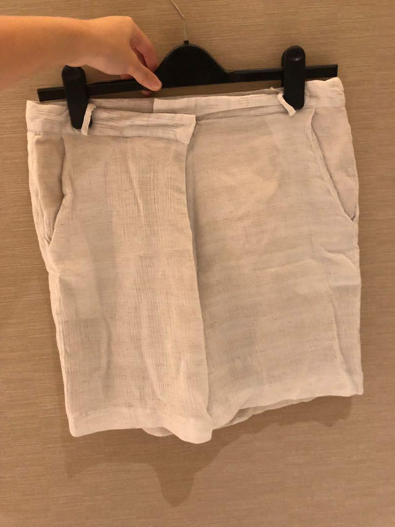 Eesome Linen Shorts