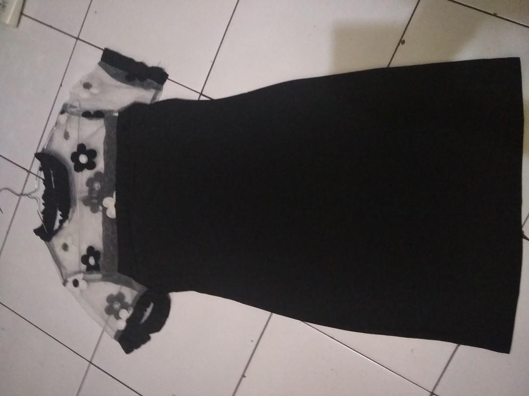Flower black dress