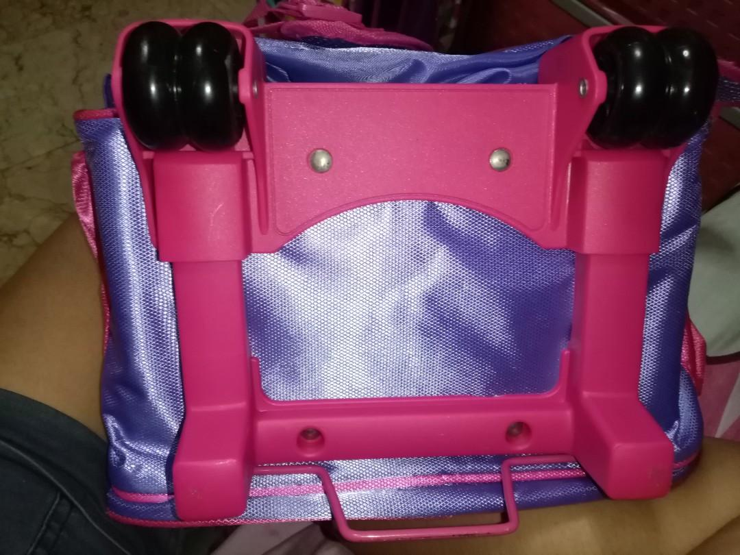 Rush! Hello kitty trolley bag for sale!