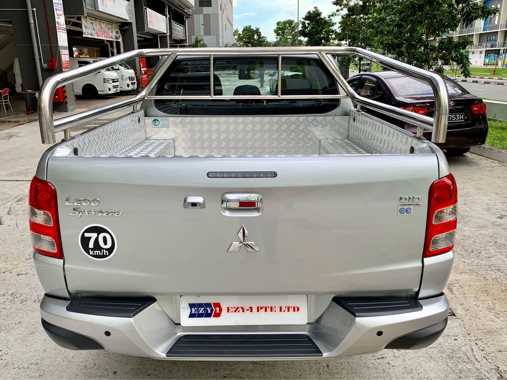 MITSUBISHI L200 DOUBLE CAB 2.4 AT