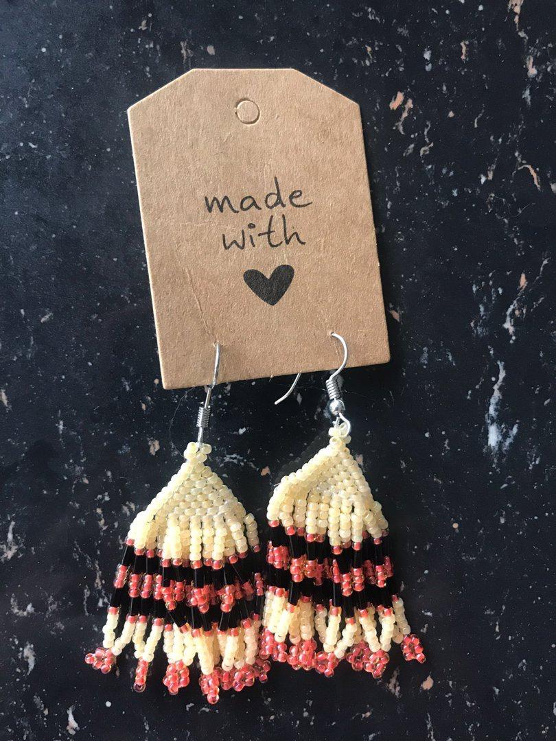 Parai Handmade Beads Earring