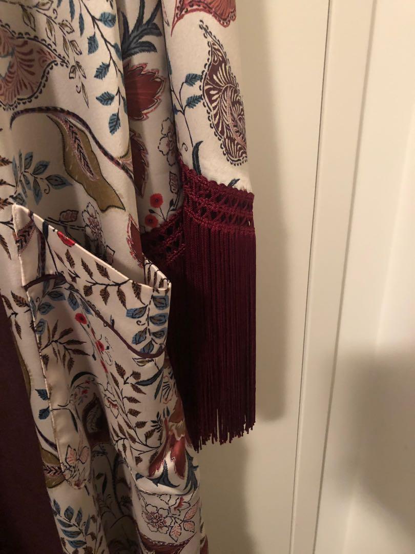 Silk luxurious kimono (Zara x trf_outerwear) Size S-M