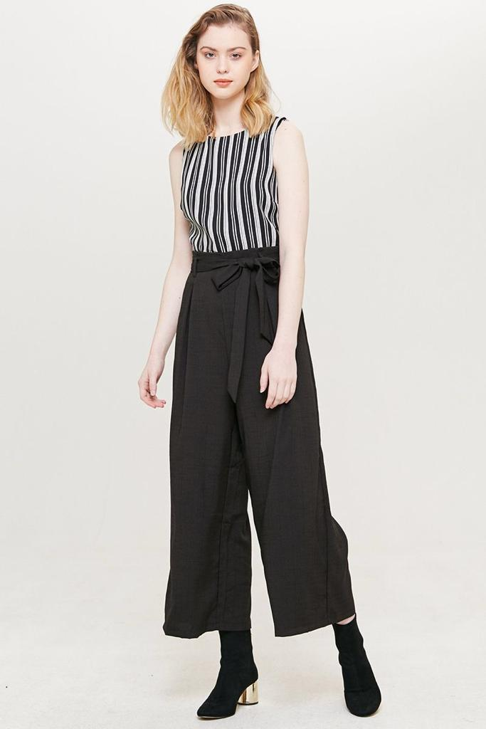 TEMT JUMPSUIT AVAILABLE SIZE S TO L