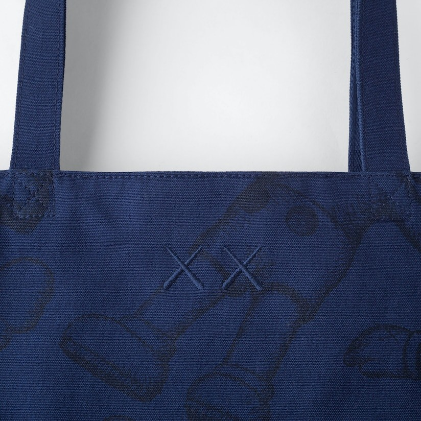 Tote Bag UNIQLO X KAWS (FREE PAPER BAG)
