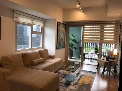 One Meridien Fully Furnished 126 sqm Two Bedroom 2BR with Parking Corner Unit with blacony Higher Floor + Den