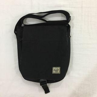 Herschel ridge messenger bag