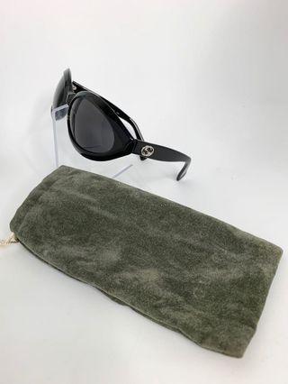 💯真品Auth 大特價SALE 連眼鏡袋 Gucci black GC logo sunglasses 網紅大熱超人氣經典黑色太陽眼鏡