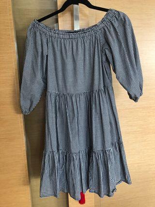 🚚 Seed Gingham dress