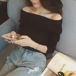Knitted Off Shoulder Long sleeve top in BLACK