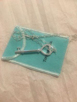 Brand new beautiful Tiffany & Co heart key necklace