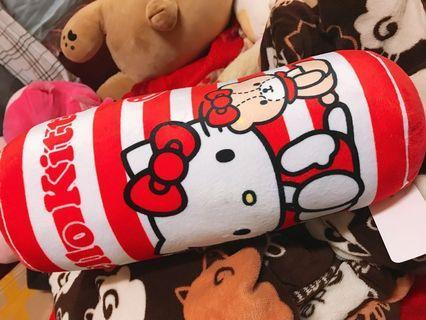 🚚 Hello Kitty抱枕