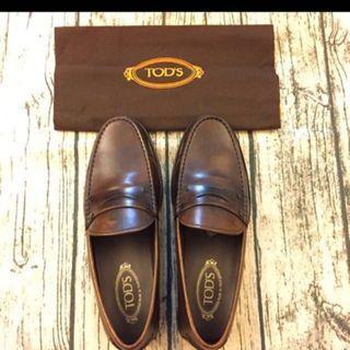 TOD'S 全新高質感皮鞋