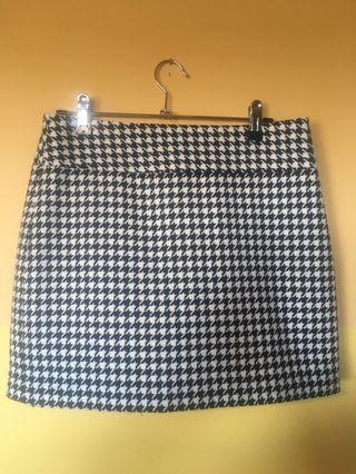 Hounds tooth skirt