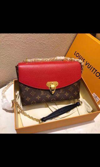 🚚 Louis Vuitton Saint placide