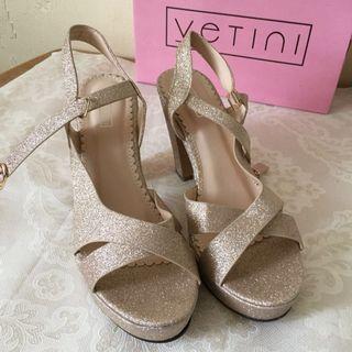 Peep-toe ankle strap heels