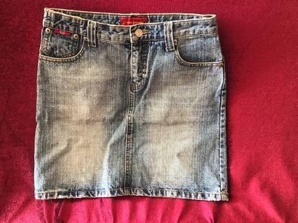 牛仔短裙 jean skirt waist 29inches Sweet Princess