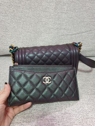 **SOLD***❤ Chanel 19S Flat Wallet