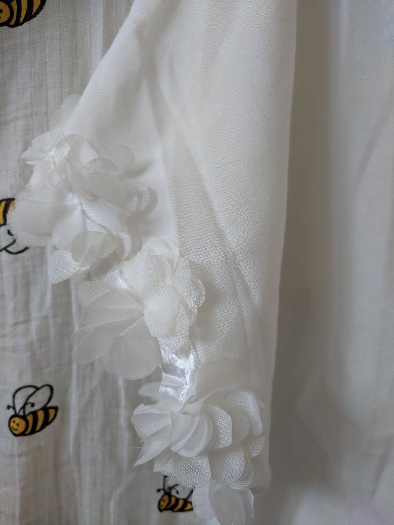 白恤衫。下擺蝴蝶結。全新100%new。雪紡質地。