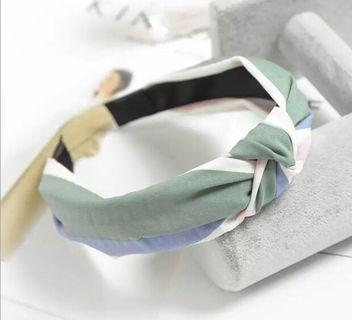 🚚 Beautiful Knot headband