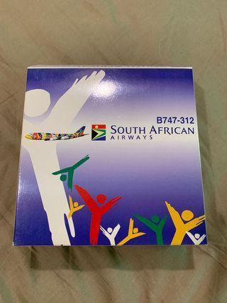 🚚 Dragon Wings 1:400 South African Airways B747-312 model
