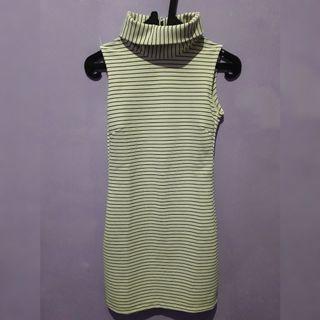Preloved Turtle Neck Dress