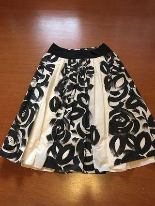 Zara B&W Printed Skirt