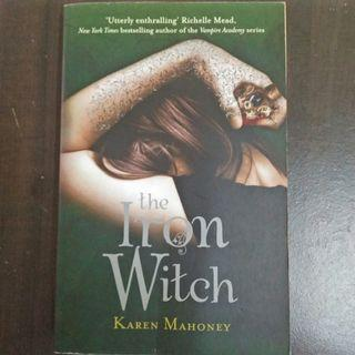The Iron Witch : Karen Mahoney