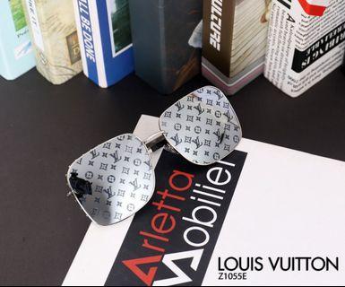 🚚 Louis Vuitton Sunglasses