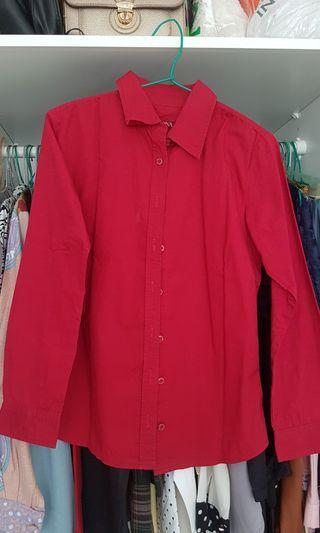 Kemeja Merah merk Merona Xs