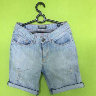 Celana Pendek Jeans penshoppe