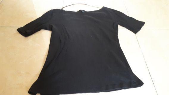 Black sexy simple uniglo vietam