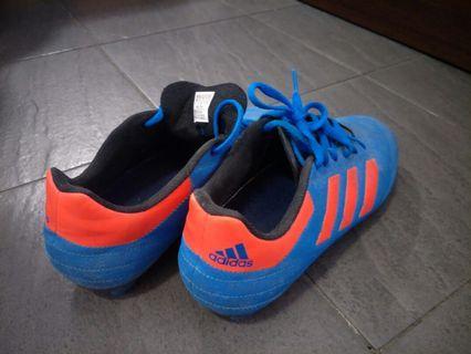 🚚 Biking  shoes