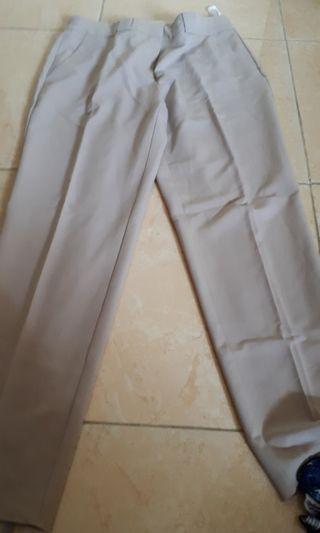 Celana Bahan cream