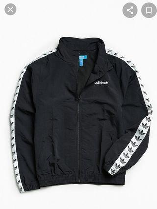 🚚 adidas tnt vintage tape jacket