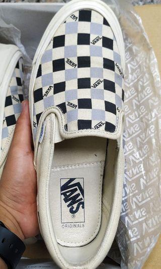 Vans OG classic slip on like new