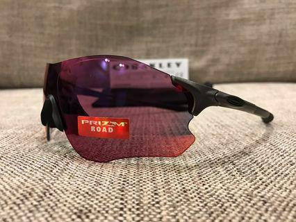 Oakley™️ EVZERO Path (Steel/Prizm Road)