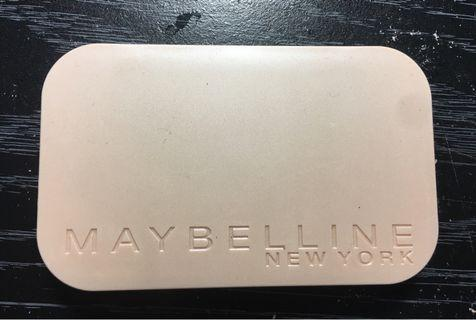 🚚 Maybeline New York 粉餅