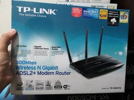 TP-LINK 300Mbps Wireless Modem Router TD-W8970