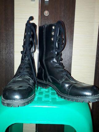 Jual Murah Sepatu Boots 200K Ukuran 39 - 40 Hanya Sepasang