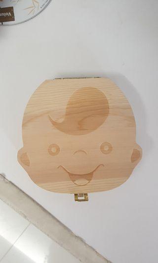 🚚 BN teeth holder teeth storage wood