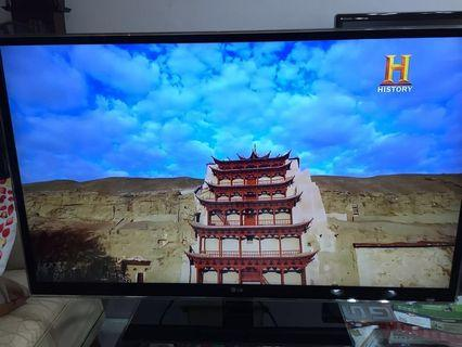 """LG Infinia 47LX9500 47"""" LED 3D Smart TV with local dimming and 400Hz refresh rate"""
