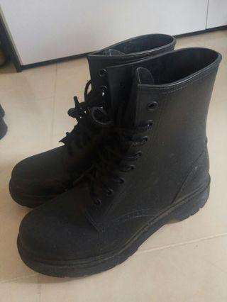 Boot軍靴