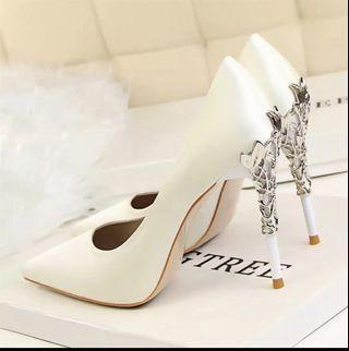 🚚 Lady high Heel white colour