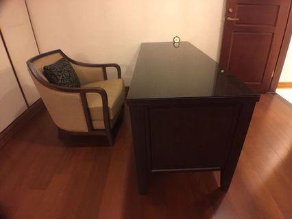 臥房書桌七成新長181*寬65*76