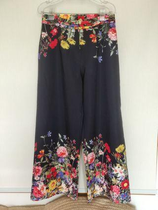 Wide ankle pants/七分闊腳褲 (from Spain)
