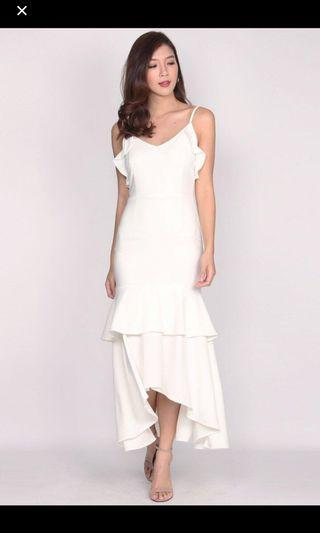 The Design Closets Damris BackDrop Ruffles Maxi Dress