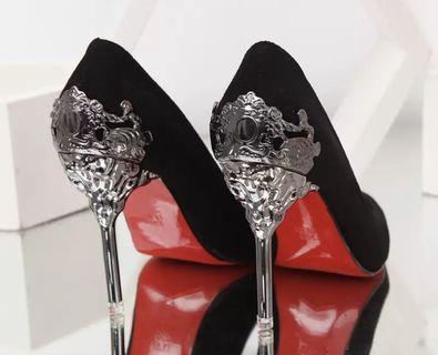 🚚 Lady elegant black heel